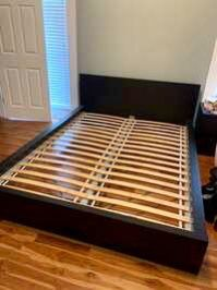 Beautiful IKEA Malm Full Size Bed Frame GOOD Condition for Sale in Austin, TX