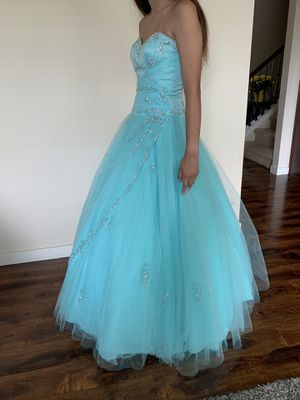 Quinceanera Dress for Sale in Snohomish, WA