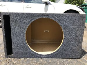 Memphis Single subwoofer Box for Sale in Garfield Heights, OH