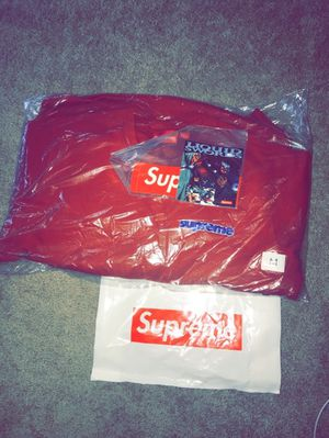 Supreme Connect Crewneck Rust (M) for Sale in Austell, GA