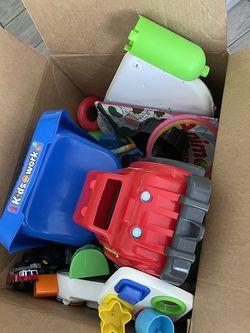Free Toys for Sale in Miami,  FL