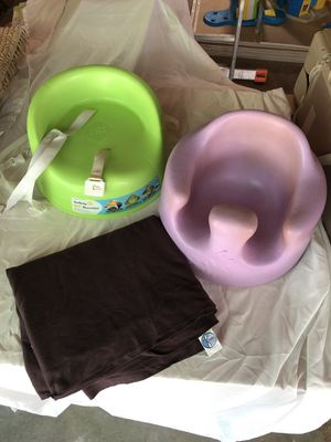 Baby bundle! Brown moby wrap, purple bumbo and green travel booster seat for Sale in Snohomish, WA
