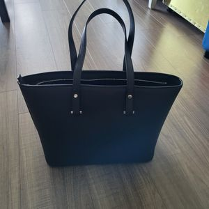 Black H&M PURSE for Sale in Miami, FL