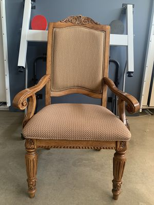 DINING CHAIRS 🪑 6 PC (NO DELIVERIES) for Sale in Bakersfield, CA