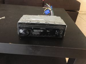 ESTÉREO CON BLUETOOTH EN BUENAS CONDICIONES for Sale in Corona, CA