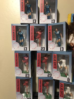 USWNT PLAYERS COLLECTIBLE FIGURE for Sale in Bakersfield, CA