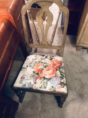 Antique kids rocking chair. It's beautiful and very solid. $50 firm. I'm also up for trading for Sale in Wood Village, OR