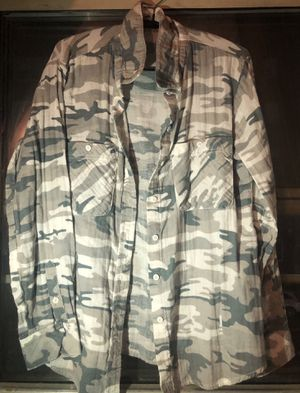 Camo Top for Sale in Fort Lee, NJ