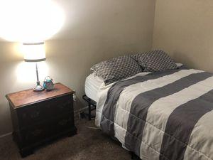 Entire Bedroom Set (w/o mattress) MUST GO $125 MTSU for Sale in Murfreesboro, TN