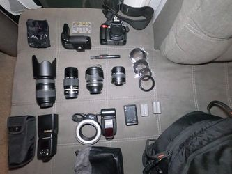 Nikon D90 + Lenses + Goodies for Sale in Los Angeles,  CA