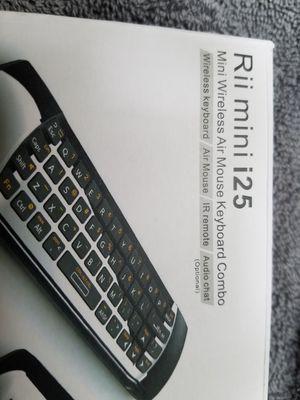 Mini wireless keyboard mouse combo rii mini i25 for Sale in University Place, WA