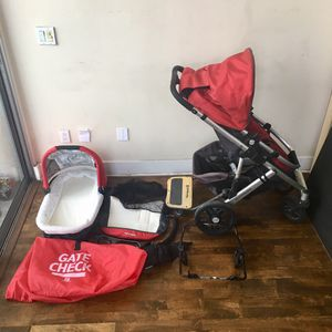 Uppababy vista stroller bassinet and extras for Sale in San Francisco, CA