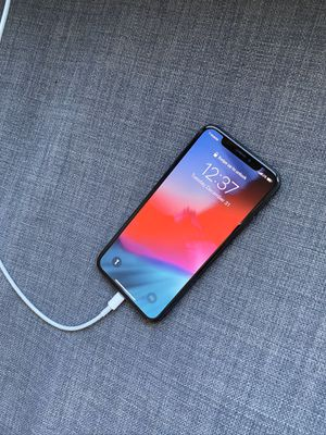 T-Mobile iPhone X 64gb for Sale in Kansas City, MO