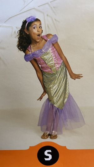 PINK MERMAID 🧜♀️ DRESS NEW HALLOWEEN 🎃 COSTUME GIRL SIZE SMALL for Sale in Santa Ana, CA