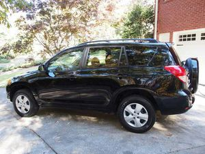 Toyota RAV4 GOOD CONDITION for Sale in Cedar Rapids, IA