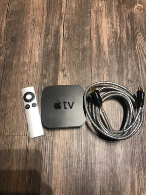 Apple TV - 3rd Generation - Excellent Condition (includes remote &a USB cable) for Sale in Phoenix, AZ