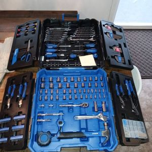 Kobalt 189 Piece Rolling Toolbox Set for Sale in Tacoma, WA