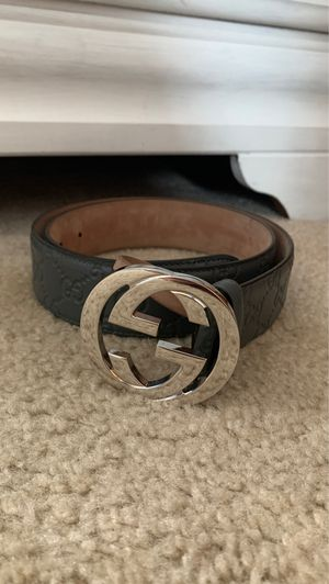 Gucci belt comes with reciept and dust bag 28-34 I'm pretty sure for Sale in Plainfield, IL