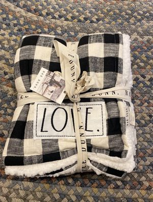 Rae Dunn Love Blanket for Sale in Wallingford, CT