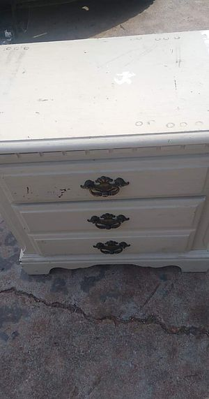 End table for Sale in Anderson, SC