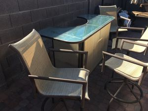 Bar and 4 stool set for Sale in Fort McDowell, AZ