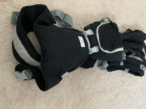 Baby carrier with seat $25 for Sale in Virginia Beach, VA