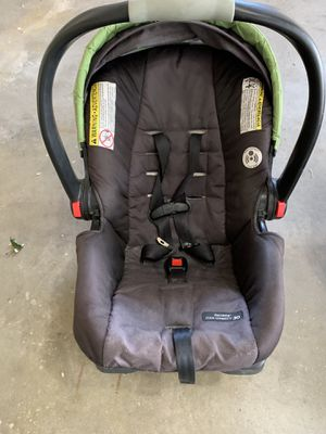 Snugride Quick Connect 35 Car Seat x 2 for Sale in Littleton, CO
