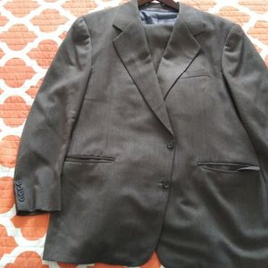 Free Suit for Sale in Fort Myers, FL