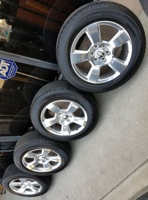 """20"""" SILVERADO SUBURBAN AVAILABLE TAHOE NEW RIMS AND TIRES for Sale in Colton, CA"""