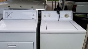 Washer and dryer kenmore super capacity for Sale in Bonney Lake, WA