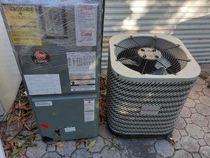 Aire acondicionado 2.5 ton for Sale in Miami, FL