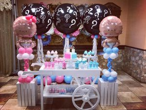Baby gender reveals sweets table and balloons candy cart for Sale in Troy, MI