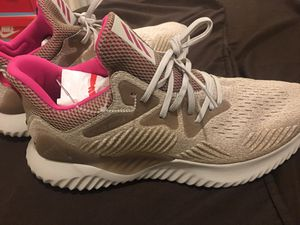Adidas Alphabounce size 13 men's for Sale in Hacienda Heights, CA