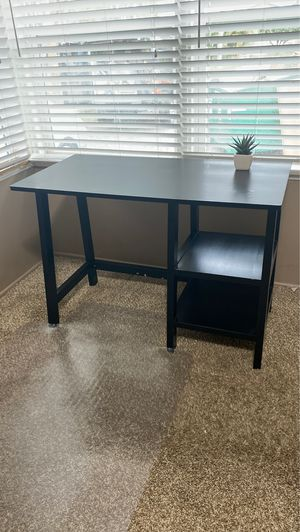 Office desk and clear carpet chair mat for Sale in Downey, CA