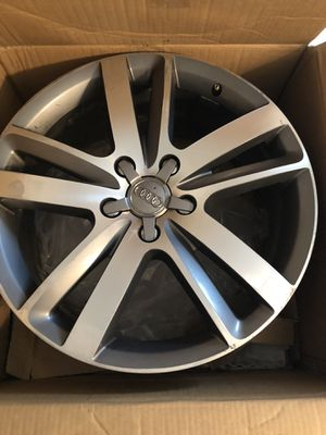 """2010 OEM Audi Q7 20"""" wheels with center caps set of 3 for Sale in Rolla, MO"""