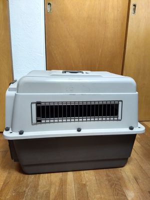 Dog Crate and Pad for Sale in Lacey, WA
