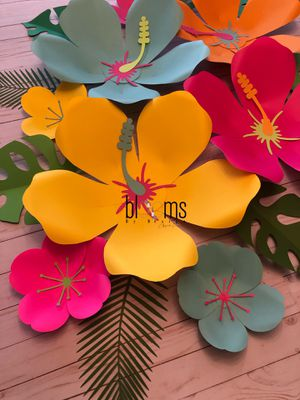 Hawaiian theme paper flowers for Sale in Houston, TX