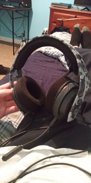 Ps4 Gaming headphones for Sale in Conyers, GA