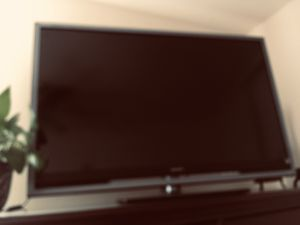 "Sony Bravia 46"" flat TV for Sale in Columbia, SC"