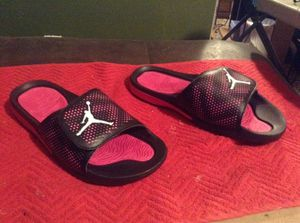 Jordan sandals siZe 9 youth 10.5 women for Sale in San Diego, CA