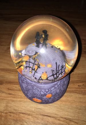 Nightmare before Christmas snow globe for Sale in Land O Lakes, FL