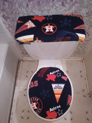 Custom-made Astros toilet seat covers also I create any team custom toilet seat covers are bar stools text for order thanks for Sale in Houston, TX