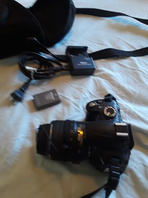 Nikon digital camera D3000 for Sale in Tampa, FL