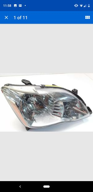 2005 2006 2007 Toyota Avalon headlight right front passenger OEM 81110-AC060 for Sale in Hampstead, NC