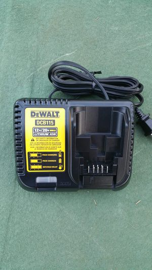 DeWALT CHARGER for Sale in Los Angeles, CA