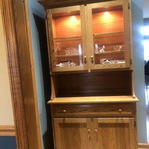 Solid Oak Hutch for Sale in Delaware, OH