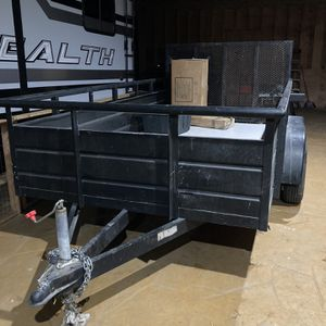 12 Ft Trailer 2 Axle With Ramp for Sale in Lynwood, CA