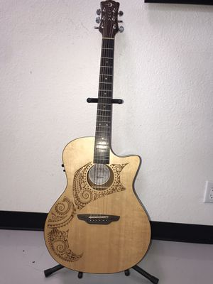 Acoustic Electric Guitaar for Sale in West Covina, CA