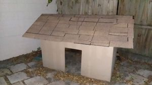 Dog house for Sale in Lockhart, FL