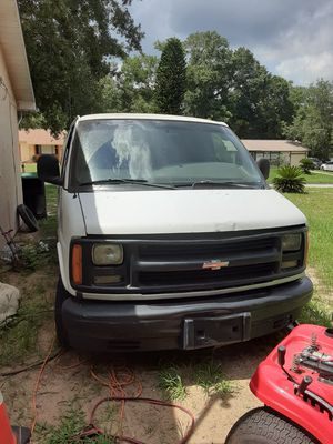 02 Chevy Express for Sale in Orlando, FL
